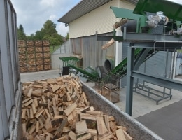 Brennholz Spalten