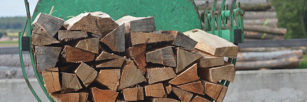 Meterholz gestapelt
